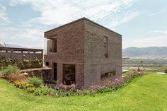 Gallery - House in Azpitia / Estudio Rafael Freyre - 7