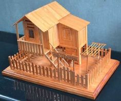 DIY miniatur from ice cream stick Popsicle Stick Crafts House, Popsicle Sticks, Craft Stick Crafts, Diy Originales, Ice Cream Stick Craft, Diy Bar, Kids Wood, Miniature Houses, Homemade Crafts
