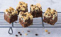 Brookies - Rezepte - Schweizer Milch Blondie Brownies, Brookies, Butter, Fondue, Nom Nom, Biscuits, Muffin, Breakfast, Desserts