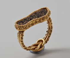 Gold of the Scythians || S. II to ring C. The Hermitage in the Prado.