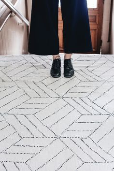 Recycled cotton carpet designed by Finnish design studio Saana ja Olli. The hand-drawn lines in this rug are highlighted by natural, muted colors. The Kievari p Studio Interior, Interior Styling, Interior Ideas, Interior Design, Bright Homes, White Carpet, Carpet Colors, Carpet Design, Rugs
