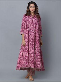 Purple Cotton Cambric Printed Anarkali Indian Attire, Indian Ethnic Wear, Kurta Designs, Blouse Designs, Nice Dresses, Summer Dresses, Maxi Dresses, Asian Fabric, Indian Designer Wear