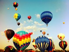 LE GRAND GUIDE DE SURVIE de l'International de montgolfières de Saint-Jean-sur-Richelieu!