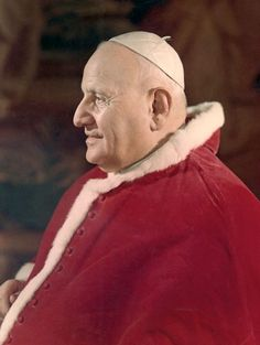 Pope John XXIII    saw him when he came to Chicago in the 70's or was it 80's  downtown was  under a spell - really was beautiful