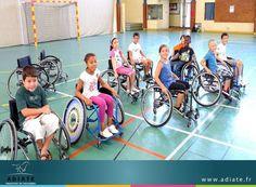Adiate met à votre disposition une flotte de 600 voitures combinant sécurité et confort. Pour votre bien être, les véhicules destinés au transport des personnes à mobilité  réduite sont équipés d'un dispositif spécifique pour assurer un transport en toute sérénité. Ils disposent d'un accès direct du fauteuil roulant à l'intérieur du véhicule. http://www.adiate.fr/services/deplacements-pmr-scolaires