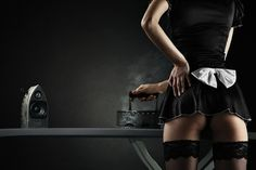 """Es wird Zeit dem Mann einmal so richtig den Kopf zu verdrehen. Mit unserem Angebot der """"Diebischen Maid"""" bieten wir Kostüm, sexy Accessoires, qualitativ hochwertige Toys und eine erotische Rollenspiel-Anleitung für Sie und Ihn. Danach kann es sofort losgehen:) Viel Spaß. #Love #Liebe #Amore #Sex #Erotik #Fantasien #Couples #Beziehung #Boxen #Erotikreisen #Erotikboxen"""