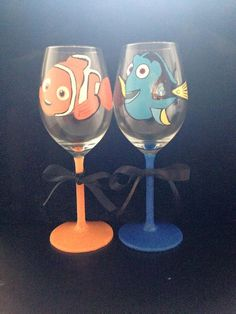 Nemo and Dory Hand Painted Wine Glass Set by JJGlamourGlasses