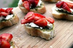 Strawberry, Goat Cheese and Pesto Bruschetta #CAStrawberriesPIN2WIN
