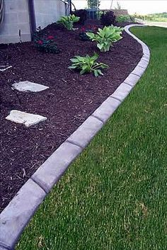 A New Trend In Landscaping Is Concrete Edging That Looks Like - Design continuous free form concrete landscape edging by kwik kerb
