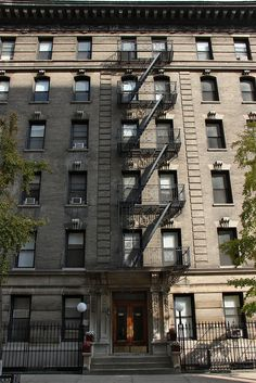 419W 115th Street, New York.  After marrying in 1944, Jack Kerouac and Edie Parker moved into apartment 51 with Joan Vollmer Adams. Allen Ginsberg moved in here later as well as William S. Burroughs. Kerouac called the time he spent here 'a year of evil decadence' (in Vanity Of Duluoz)