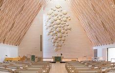 Kuva: Jyväskylän seurakunta. Ceiling Lights, Lighting, Home Decor, Decoration Home, Room Decor, Lights, Outdoor Ceiling Lights, Home Interior Design, Lightning