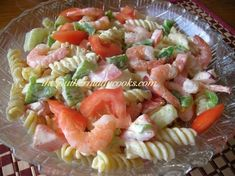 SHRIMP PASTA SALAD - The Southern Lady Cooks My family loves this shrimp pasta salad. It is so good using fresh garden vegetables along with the pasta and shrimp. You can't go wrong Shrimp Dishes, Shrimp Pasta, Pasta Dishes, Raw Food Recipes, Seafood Recipes, Cooking Recipes, Easy Cooking, Yummy Recipes, Seafood Salad