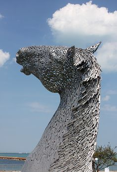 ArchitectureChicago PLUS: Shimmering in the late summer sun: giant Kelpies land on Chicago's Lakefront