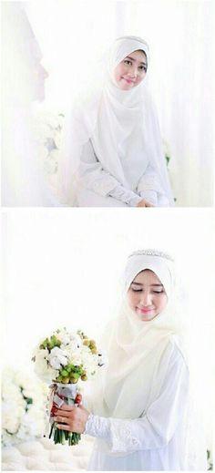White bridal hijab<3 {weddingsbyfauzan}
