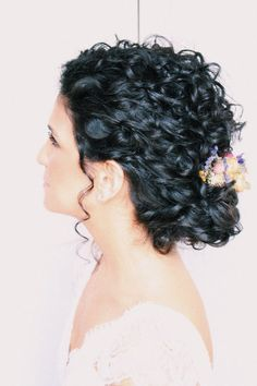 These Curly Wedding Hairstyles Are Stunning