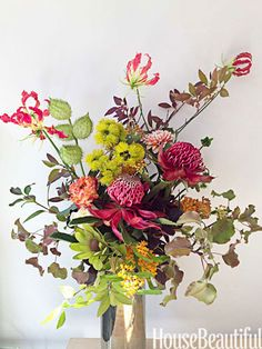 Festive Centerpieces - Holiday Flower Arrangement Ideas - House Beautiful
