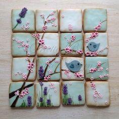 Vintage bird cookies
