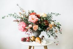 Located in Vancouver, British Columbia, WildRose Flowers is a company that specializes in creating lush floral arrangeme. Wedding Centerpieces, Wedding Bouquets, Wedding Flowers, Wedding Day, Wedding Photography Inspiration, Wedding Inspiration, Rainy Day Photos, Vancouver, Something Beautiful