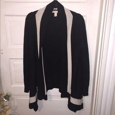 BR two toned cardigan Gorgeous well made black cardigan with the sides longer. Has a beige front stripe. In great condition Banana Republic Sweaters Cardigans