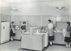 High School Home Ec class - mine looked just like this in the early 1970's !