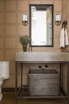 Celebrating Country Club Style - Bring on the Masters - Marie Flanigan Interiors Philip Jeffries Wallpaper, Country Club Style, Masculine Bathroom, Bathroom Wallpaper, House Design, Bathroom Ideas, Asian Bathroom, Bathroom Things, Bathroom Shop