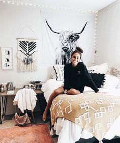 College Bedroom Decor, Western Bedroom Decor, Western Rooms, Western Decor, Western Bedding, Country Teen Bedroom, Dorm Rooms, Cute Bedroom Ideas, Room Ideas Bedroom