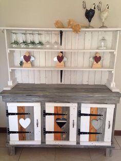 DIY #Pallet Sideboard or #Kitchen #Cabinet | 101 Pallet Ideas
