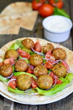 Chiftelute din naut, de post - CAIETUL CU RETETE Falafel, Vegan Vegetarian, Vegetarian Recipes, Happy Vegan, Good Food, Yummy Food, Baby Food Recipes, Appetizer Recipes, Healthy Life