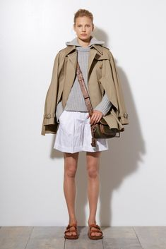See the complete Michael Kors Collection Resort 2015 collection.