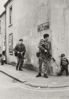 British soldiers in Belfast, Northern Ireland. 1973