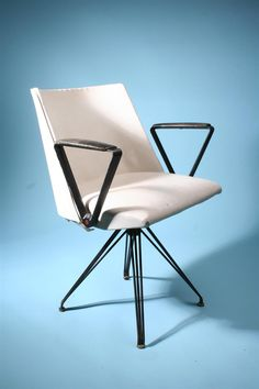 Osvaldo Borsani; Swivel Armchair for Tecno, 1950s.