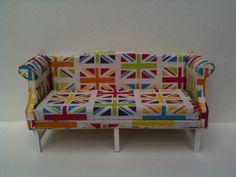 1:12 Dollhouse Miniature Union Jack Chippendale Sofa
