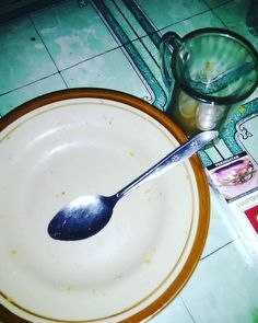 Alhamdulillah done... Diner di RESTAURANT deket kantor.. Menunya. : 1. Crazy mixed FriedRice 2. A cup of hot javana cofee 3. Nnnn... Cigarets... Hahahahaha... #satisfying