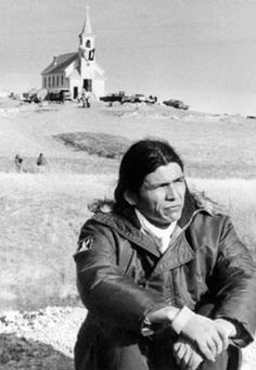 STAND OFF AT WOUNDED KNEE, Dennis Banks founder of the American Indian Movement