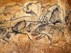 A Gallery of Cave Paintings from the Chauvet Cave as part of the Bradshaw Foundation France Rock Art Archive. The Chauvet Cave is one of the most famous prehistoric rock art sites in the world. Chauvet Cave, Lascaux, Cave Drawings, Animal Drawings, Paleolithic Art, Paleolithic Period, Art Antique, Art Sites, Painting Gallery