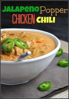 Jalapeno Popper Chicken Chili (Nix corn, use full-fat cream cheese.) Calculated with MFP, using 1c cannellini beans stats per serving: Cal 247; Carb 12; Fat 12; Protein 19; Fiber 4; Net Carb 8 Using no beans stats: Cal 224; Carb 8; Fat 12; Protein 17; Fiber 2; Net Carb 6