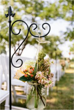 A intimate & rustic 'leave your shoes at the door' kinda real wedding - Want That Wedding