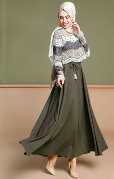 Latest Fashion Cape Style Abaya with Hijab Fashion – Girls Hijab Style & Hijab Fashion Ideas Islamic Fashion, Muslim Fashion, Modest Fashion, Trendy Fashion, Fashion Dresses, Trendy Style, Fashion Ideas, Hijab Chic, Hijab Casual