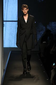 Runway. #blackandwhite #barneybarrett #barney-barrett #menswear #mensoutfit #malemodel #mensstyle