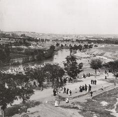 Vista desde la Ermita de San Isidro hacia el Puente de Toledo, 1906. Alois Beer. Osterreichisches Staatsarchiv, Kriegsarchiv, Viena (Austria)