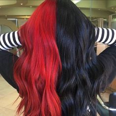Hair Color Streaks, Hair Color Purple, Hair Dye Colors, Cool Hair Color, 2 Tone Hair Color, Two Toned Hair, Red Colored Hair, Edgy Hair Colors, Exotic Hair Color
