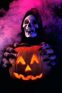 Stock Photo - Skeleton in robe holding a carved pumpkin with monster hands Halloween Flyer, Halloween Scene, Halloween Pictures, Creepy Halloween, Spirit Halloween, Spooky Halloween, Vintage Halloween, Happy Halloween, Halloween Backdrop