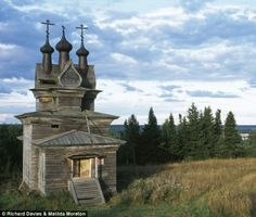 ... lost churches of Russia: Haunting images of abandoned wooden buil