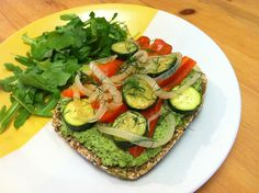 Miso Macadamia Pesto Crackers w/ Sauteed Veggies #DailyRecipe from Emily Rose Shaw, Health Coach for The Earth Diet!