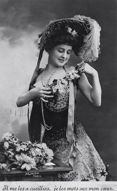 Edwardian Beauty - 1900s