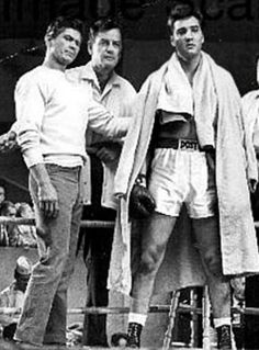"""Elvis in """"Kid Galahad"""" with Charles Bronson and Gig Young Rare Elvis Photos, Elvis Presley Photos, Gig Young, Charles Bronson, Musical Film, Tough Guy, Beautiful Voice, Moving Pictures, In Hollywood"""