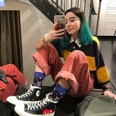 Tenue esthétique - The Best Streetwear Models - All Brands are Here Retro Outfits, Mode Outfits, Grunge Outfits, Grunge Fashion, Look Fashion, 90s Fashion, Vintage Outfits, Girl Outfits, Fashion Outfits