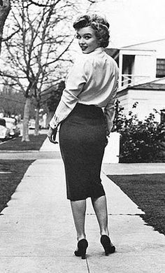 If only this were still the ideal weight and curves - I would be in like Flynn