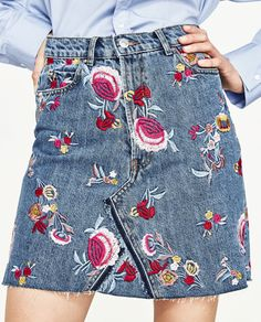 PREMIUM COLLECTION EMBROIDERED FLORAL DENIM SKIRT