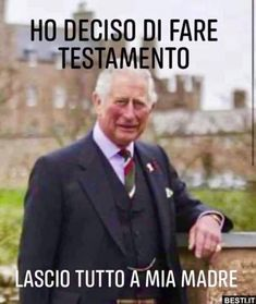 Funny Pins, Funny Memes, British Humor, Elisabeth Ii, Baby George, Her Majesty The Queen, Strange Photos, Truth Hurts, Funny Cute